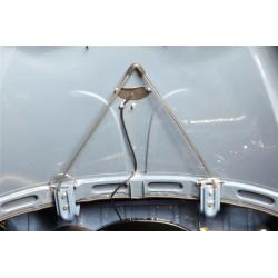 Barre chromée en V de soutien de capot arrière